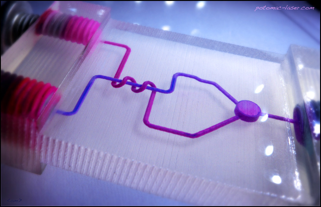 3D-printed microfluidic mixer with 3D routing of 500 micron channels ...